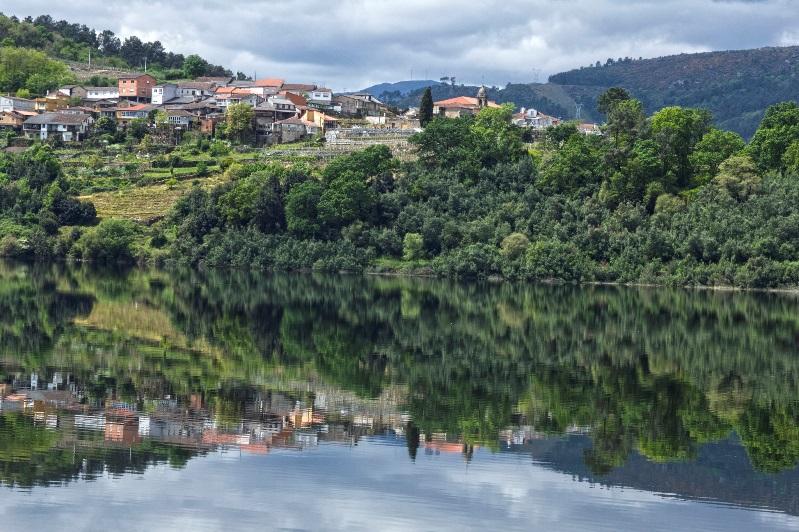 O Miño, a outra raia, pero húmida, que hai entre Galicia e Portugal [Foto: Mimiá]
